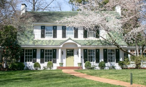 Duxbury Exterior Colonial Home Painting