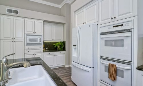Cabinet Painting Professionals in Carlsbad