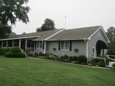 ranch style home in loganville ga