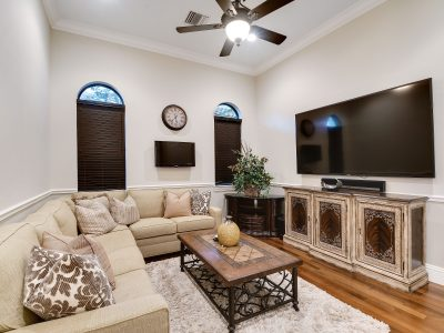 living-room-interior-painting