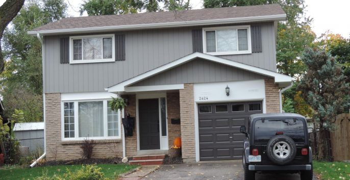 Exterior house painting by CertaPro house painters in Oakville - Burlington, ON