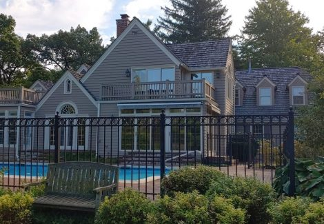 Tower Lakes, IL - Exterior