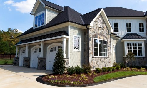 A mix of stone, siding and trim that works