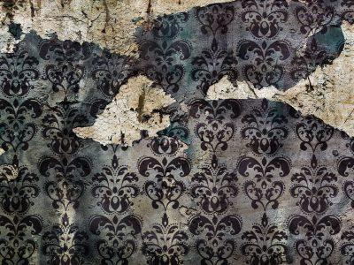 Wallpaper in disrepair