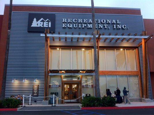REI exterior painting project anaheim ca